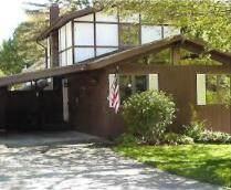 207 Woodlawn Avenue, Chikaming Twp, MI 49125 (#69021094881) :: Duneske Real Estate Advisors