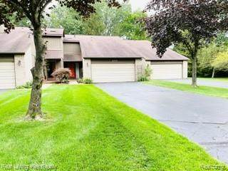 405 Woodstone Road, Waterford Twp, MI 48327 (#2210059559) :: Real Estate For A CAUSE