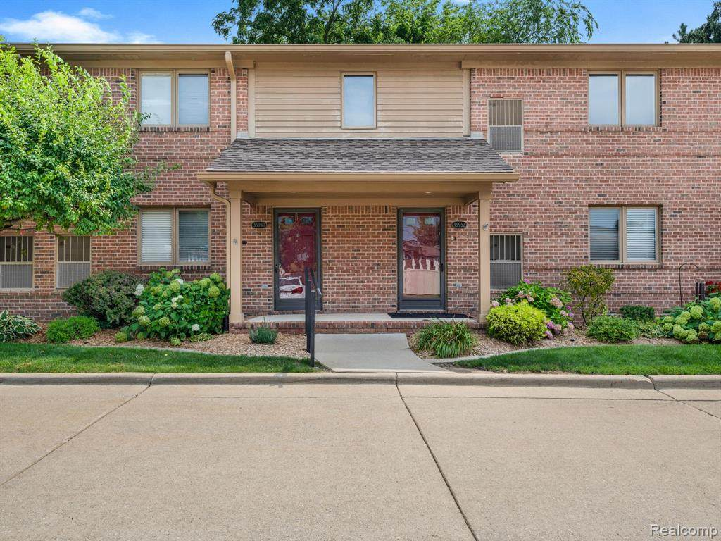 35940 Central City Parkway - Photo 1