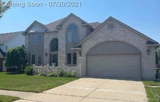47333 Bluejay Drive, Macomb Twp, MI 48044 (#2210060628) :: The Alex Nugent Team | Real Estate One