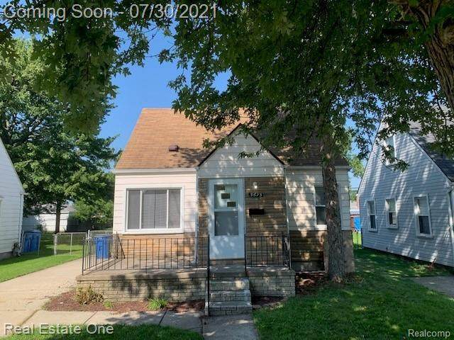 5673 Fenton Street, Dearborn Heights, MI 48127 (#2210060638) :: Duneske Real Estate Advisors