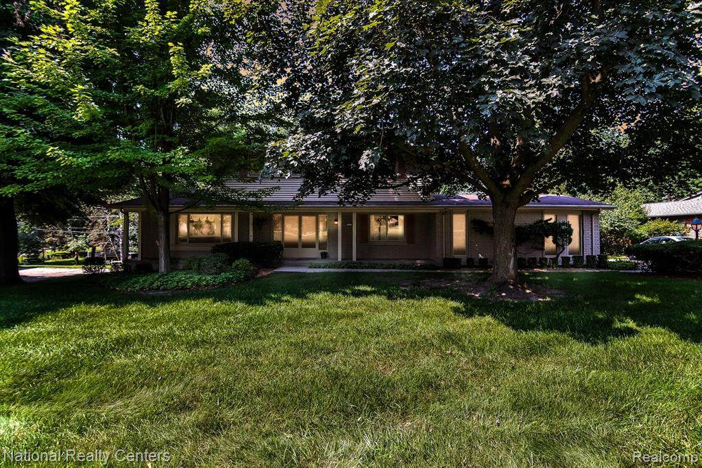 1731 Oakstone Drive - Photo 1