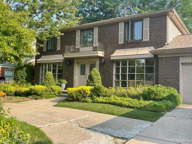 4684 Barcroft Way, Sterling Heights, MI 48310 (#2210064719) :: The Vance Group | Keller Williams Domain