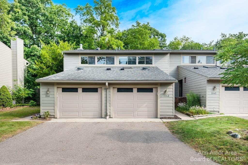 3143 Lake Haven Drive - Photo 1