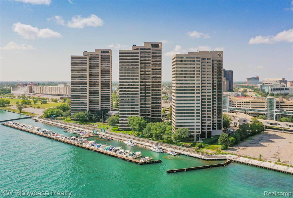 300 Riverfront - Photo 1