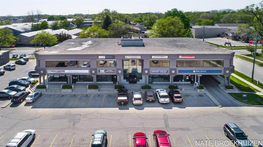 2905 Wilson Avenue - Photo 1