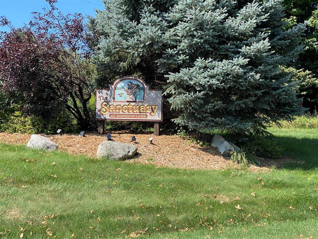 5487 Golfside Drive - Photo 1