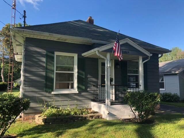 404 Broad Street, Leoni Twp, MI 49254 (#55021104039) :: GK Real Estate Team