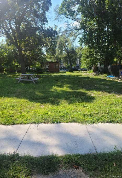 16185 Prairie Street - Photo 1