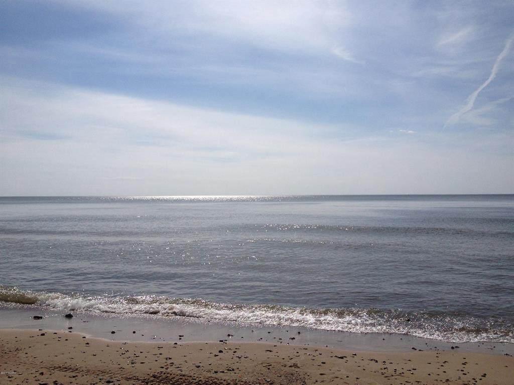 7774 Beach Drive - Photo 1