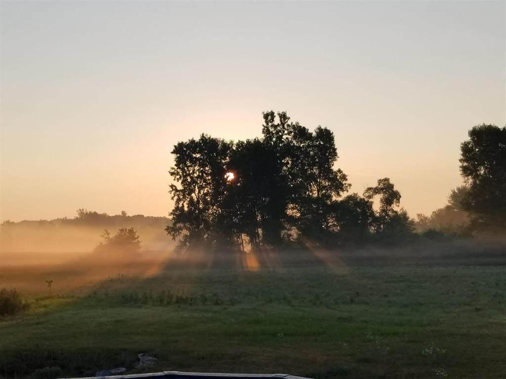 863 Greystone Drive - Photo 1