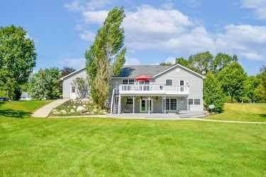 297 First Street, Concord Twp, MI 49237 (#55021105281) :: GK Real Estate Team