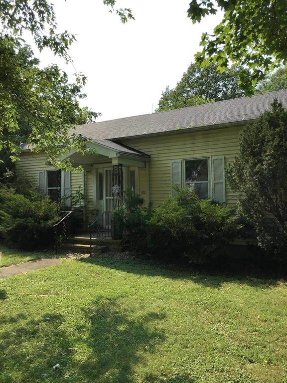 206 S Red Bud Trail, Buchanan, MI 49107 (#69021105384) :: The Vance Group   Keller Williams Domain