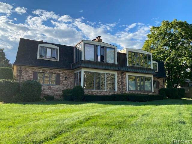 669 N Riverside Avenue #4, ST. CLAIR, MI 48079 (#2210076417) :: National Realty Centers, Inc
