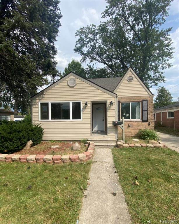 5694 Robindale Avenue, Dearborn Heights, MI 48127 (#2210077464) :: Robert E Smith Realty