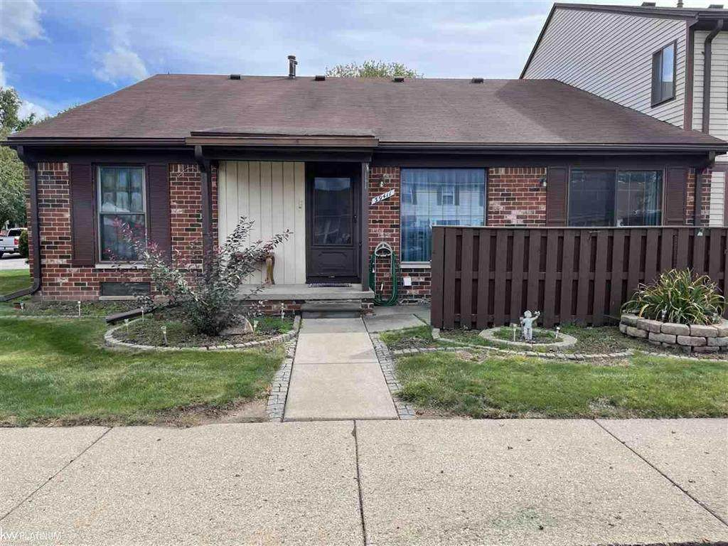 39411 Old Dominion Dr - Photo 1
