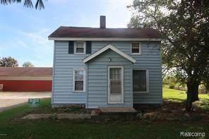 61101 62ND Street, Hartford Twp, MI 49057 (#2210078002) :: The Vance Group | Keller Williams Domain