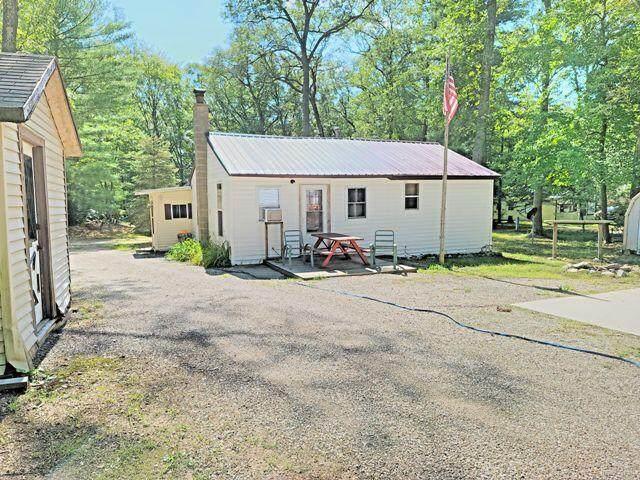 3855 W Underwood Drive, Lilley Twp, MI 49309 (#72021106297) :: Duneske Real Estate Advisors