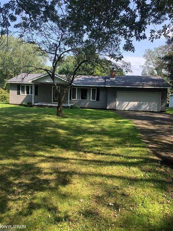 3359 Wild River Dr, Croswell, MI 48422 (#58050055573) :: The Mulvihill Group