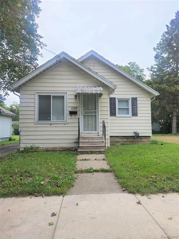 1122 W 8TH Avenue, Flint, MI 48504 (#2210079957) :: Alan Brown Group