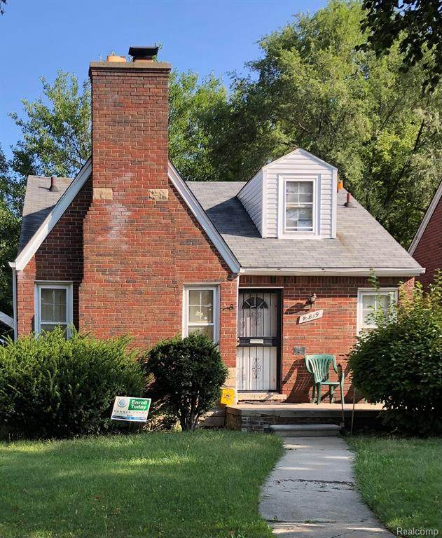 15819 Eastwood Street, Detroit, MI 48205 (#2210079967) :: The BK Agency