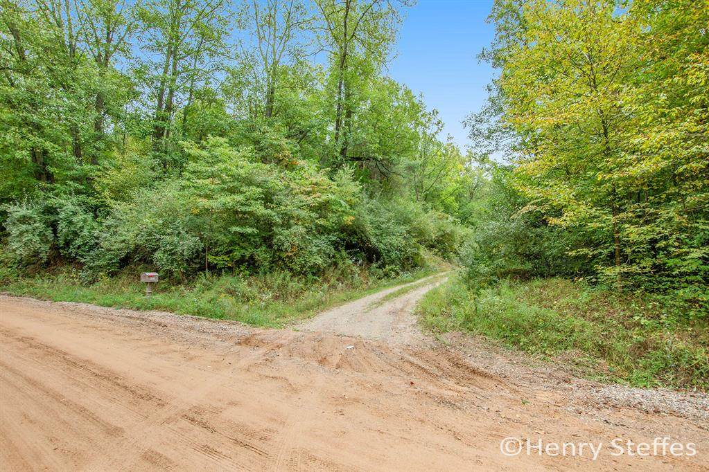6409 Garbow Road - Photo 1