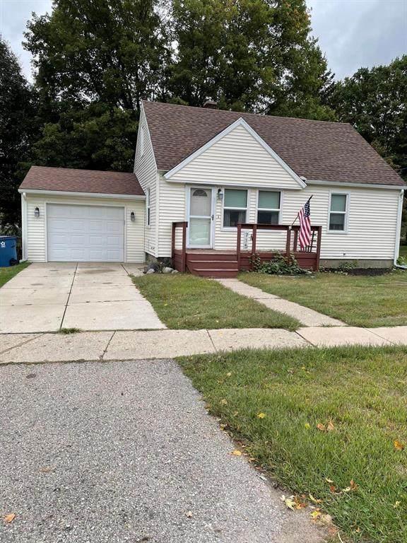 715 E Main Street, Middleville Vlg, MI 49333 (#65021107539) :: Duneske Real Estate Advisors
