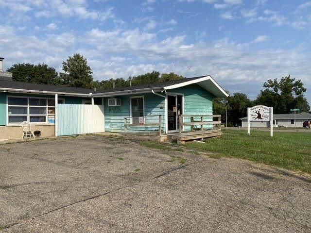 257 N 20th Street, Springfield, MI 49015 (#66021107615) :: Robert E Smith Realty
