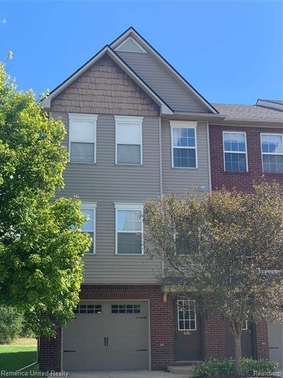 2188 Knotty Pine Trail, Howell Twp, MI 48855 (#2210080746) :: The Mulvihill Group