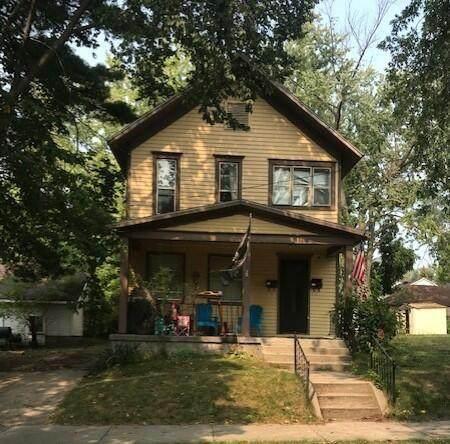 111 Travis Street NE, Grand Rapids, MI 49505 (#65021107937) :: Robert E Smith Realty