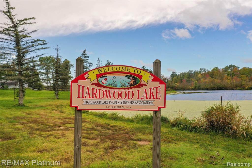 9 , 10 Hardwood Lake Retreat Drive - Photo 1