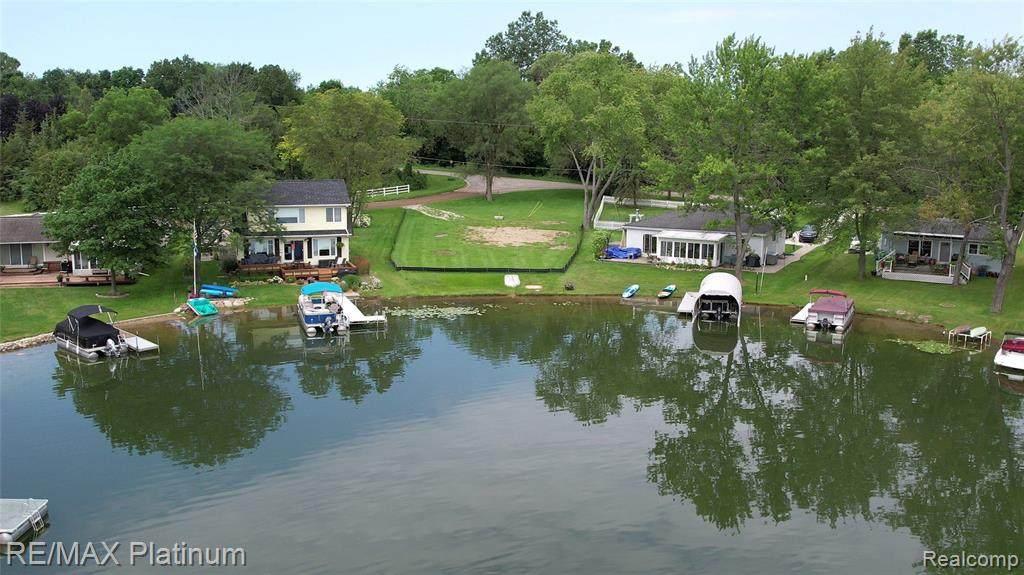 10576 Runyan Lake Court - Photo 1