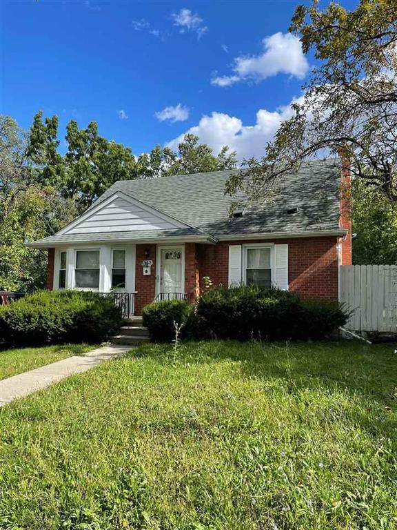 333 Cloverdale, Flint, MI 48503 (#5050056616) :: Real Estate For A CAUSE