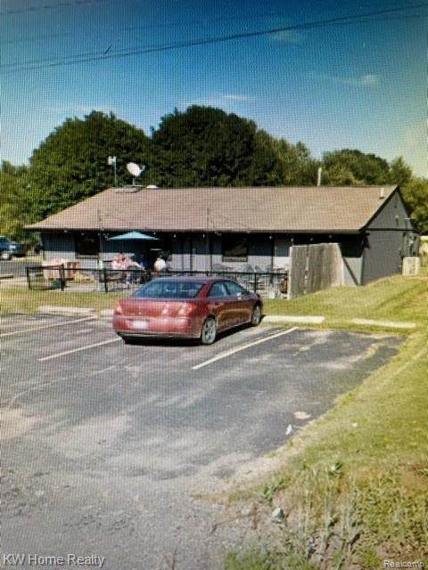 2517 Baldwin Road, Fenton, MI 48430 (#2210083363) :: National Realty Centers, Inc