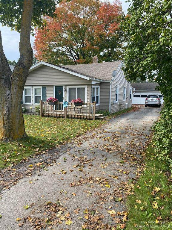 245 Outer Lane, Ypsilanti Twp, MI 48198 (#543284493) :: National Realty Centers, Inc