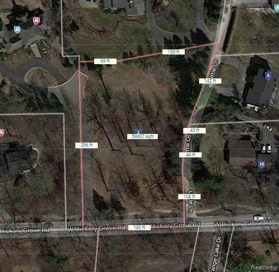 314 W Hickory Grove Road, Bloomfield Twp, MI 48302 (#2210086922) :: Robert E Smith Realty