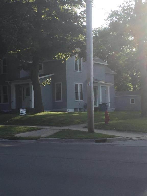 400 Maple Street, Manistee, MI 49660 (#67021111111) :: Duneske Real Estate Advisors