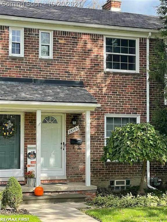23103 Arthur Court, Saint Clair Shores, MI 48080 (#58050058226) :: Real Estate For A CAUSE