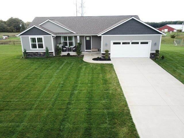 3812 Rabbit River Farms Drive, Salem Twp, MI 49323 (#71021111216) :: GK Real Estate Team