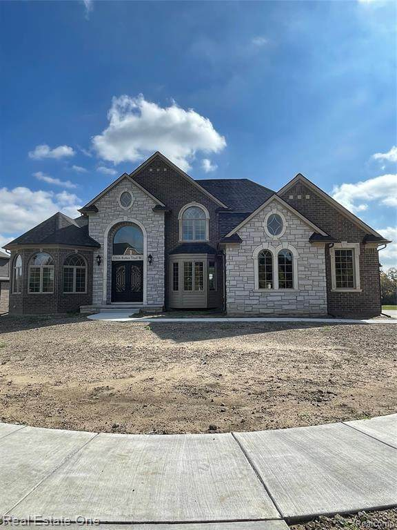 55816 Robin Trail (Unit #44), Shelby Twp, MI 48316 (#2210087592) :: Real Estate For A CAUSE