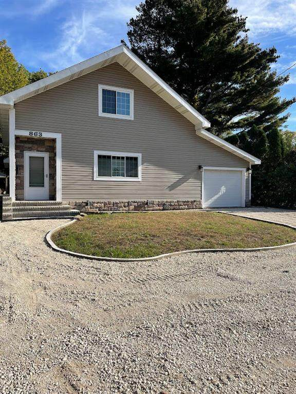 863 Phillips Street, South Haven, MI 49090 (#69021111498) :: National Realty Centers, Inc