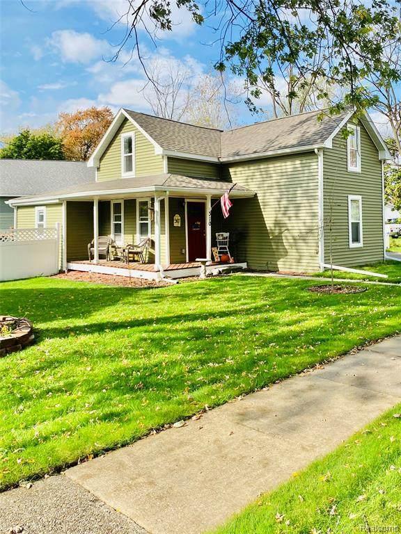 310 Byron, Howell, MI 48843 (#2210088500) :: Duneske Real Estate Advisors