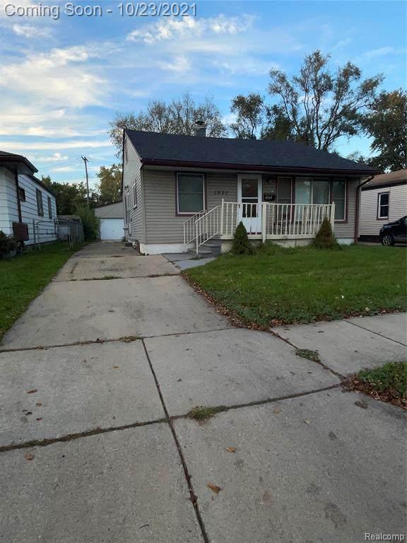 1951 Waltz Avenue, Warren, MI 48091 (#2210088766) :: The Alex Nugent Team | Real Estate One