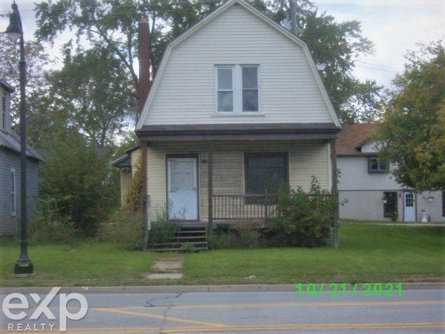 1709 24TH, Port Huron Twp, MI 48060 (#58050058792) :: Real Estate For A CAUSE
