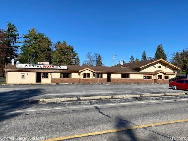 5600 Lapeer Road, Kimball Twp, MI 48074 (#2210089794) :: National Realty Centers, Inc