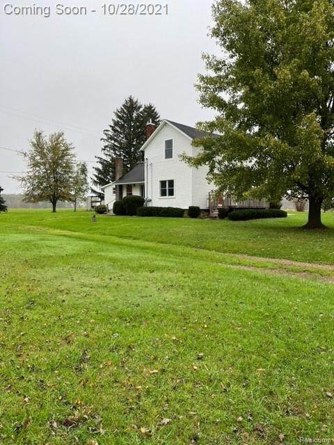 10930 Sober Road, Conway Twp, MI 48892 (#2210090254) :: National Realty Centers, Inc