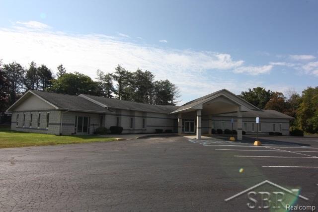 6740 Dixie Highway, BRIDGEPORT TWP, MI 48722 (MLS #61031330781) :: The Toth Team