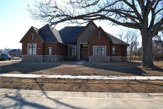 3834 Thatcher Drive, Rochester Hills, MI 48309 (#217095687) :: The Buckley Jolley Real Estate Team