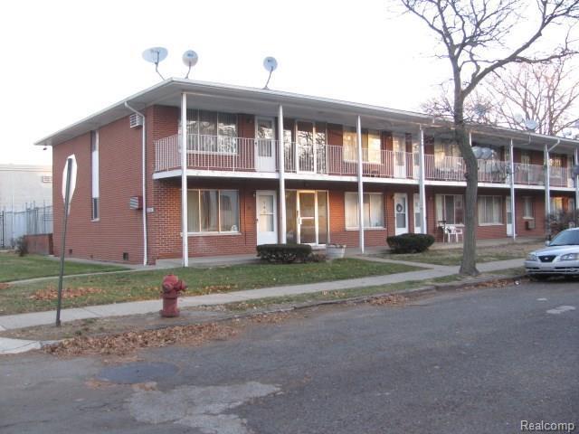 18240 Lahser Road #13, Detroit, MI 48219 (#217108186) :: Duneske Real Estate Advisors