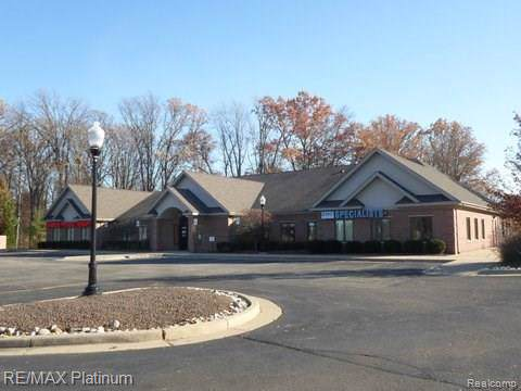 11174 Highland Road 1,3,4, Hartland Twp, MI 48353 (#216078117) :: The Mulvihill Group
